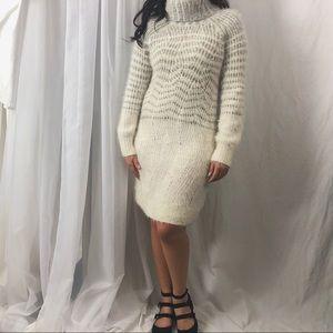SLEEPING ON SNOW/ knit dress